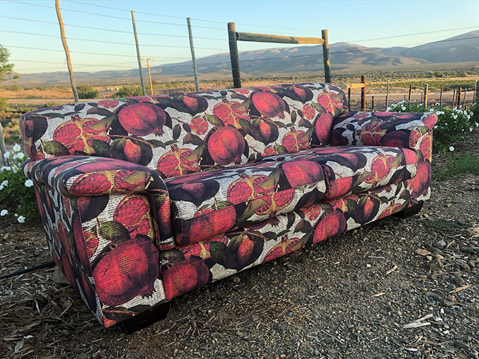 2 Seater Couch Pom Big