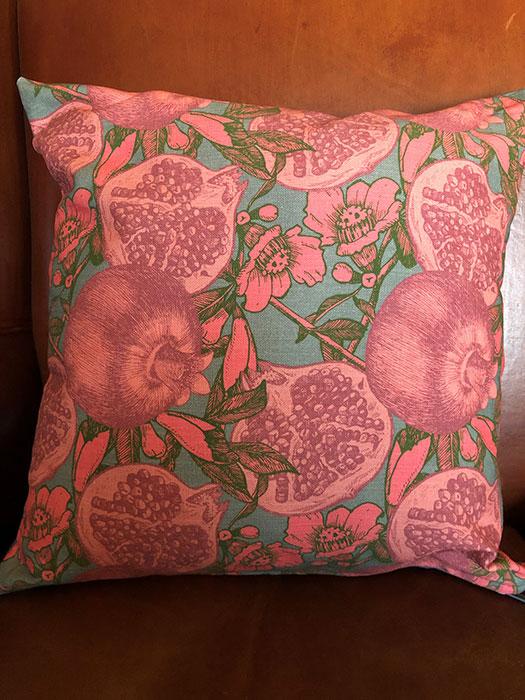Cushion Pom Grey
